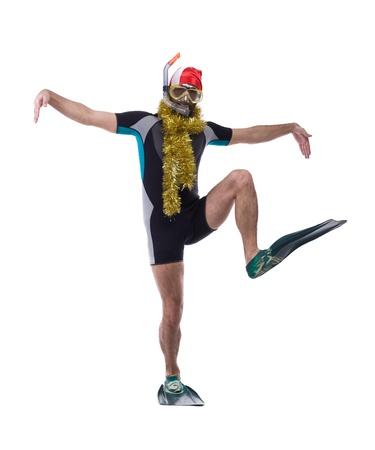 flippers: Buzo divertido en máscara y aletas con la guirnalda aislada en blanco Foto de archivo