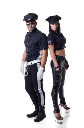 gorra polic�a: Oficiales de polic�a sexy, aislado en fondo blanco