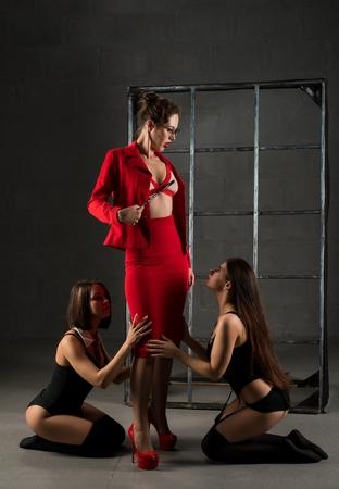 Gruppe von Frauen, die Performance spielen Standard-Bild