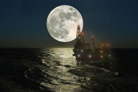 torres petroleras: la plataforma de perforaci�n en el mar de fondo del sol poniente