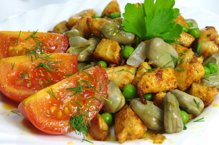boiled broad bean with fried meat and dill