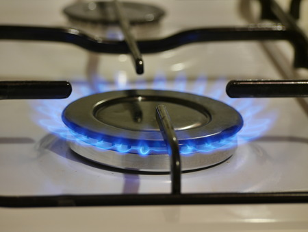 gas cooker: gas cooker with blue fire