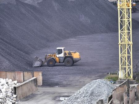 machines: storage hard coal  and machines