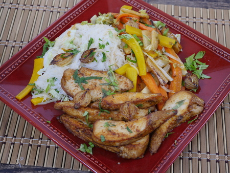 appetizing: appetizing food with vegetables and rice noodles