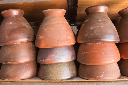 pestel: Clay mortar placed on the market