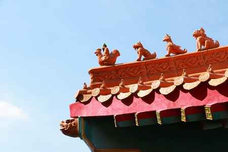 lengnoeiyi: Decorated Tower of Chinese temples curved roof in Dragon Temple Kammalawat Wat Lengnoeiyi in Nonthaburi, Thailand Stock Photo