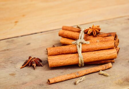 asian seasoning herbal for food and medical. Cooking spice with brown wooden.Cinnamon and five stars 版權商用圖片