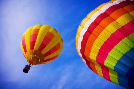 yellow adventure: balloon in the sky