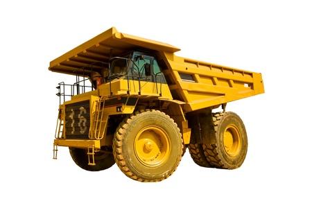 白い背景に黄色のトラック