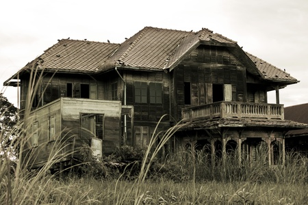 abandoned house: abandoned old house in Thailand