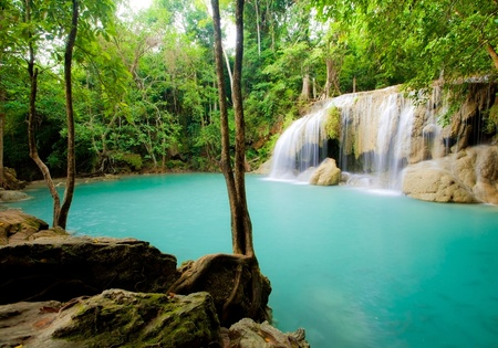GÅ'Ä™bokie Wodospad lasu w Tajlandii
