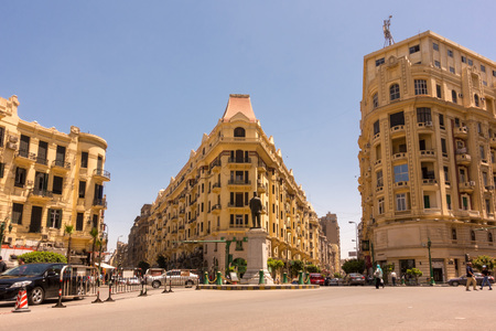 Famous Talaat Harb Square in downtown Cairo, Egypt 스톡 콘텐츠
