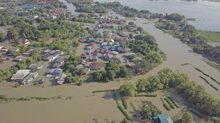 Aerial view of flood in Ayutthaya Province,Thailand. 免版税图像