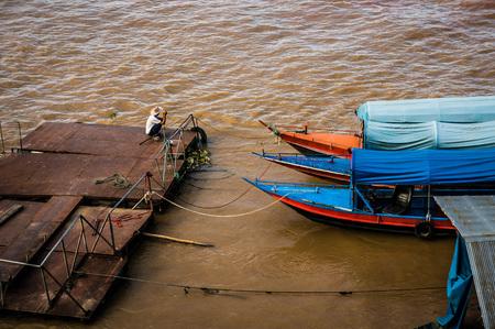 khong river: khong river