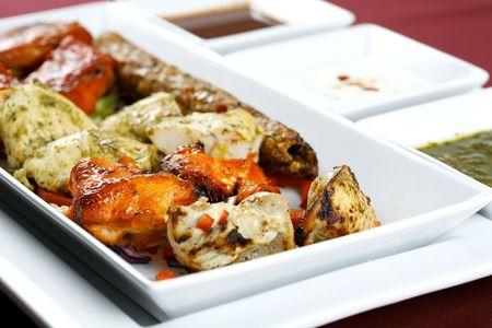 kabab: tandoori chicken platter