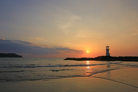 Lighthouse in the sea of thailand Stock Photo - 17984547