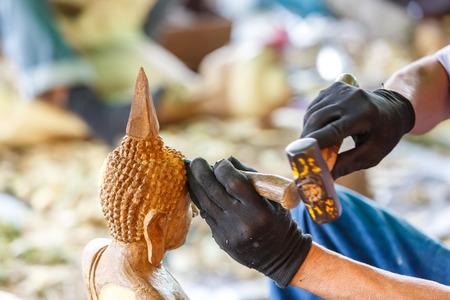 carver: Mano de madera tallado tallador