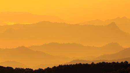ridgeline: Mountain Stock Photo