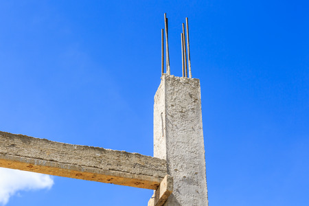 cement pole: Pillar cement with steel rod in construction