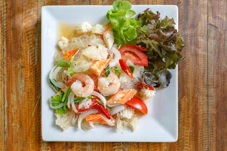 Thai Vermicelli Salad Standard-Bild