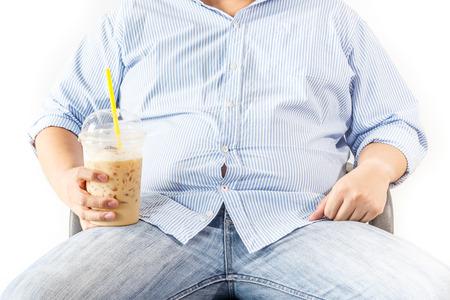 obesidad: Hombre gordo con café sobre fondo blanco