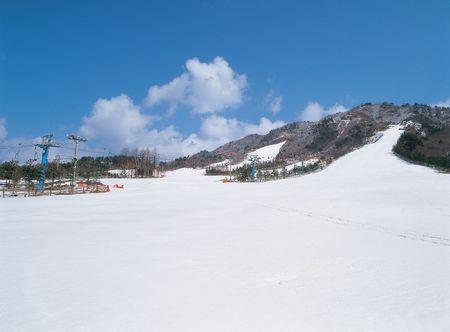 snows: Snows by mountain