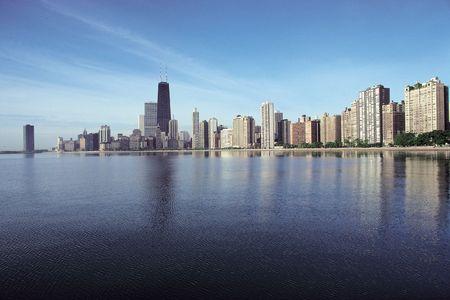 Buildings and Sea 版權商用圖片