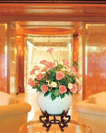Flower Vase Indoors 版權商用圖片 - 436154