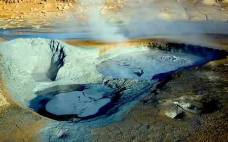 Geothermal area near Myvatn lake, sulfur mud Stockfoto