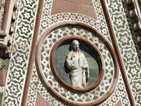 Florence - Reachness of details on the facade Duomo      photo