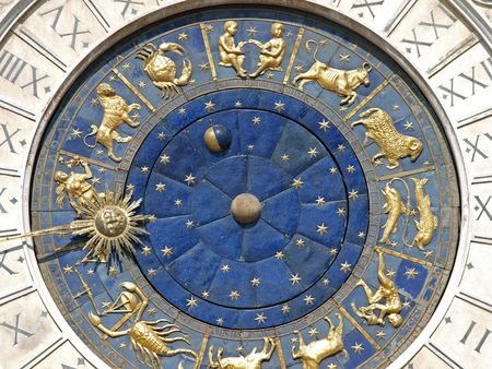 Venice, Torre dell'Orologio - St Mark's clocktower 版權商用圖片 - 6077459