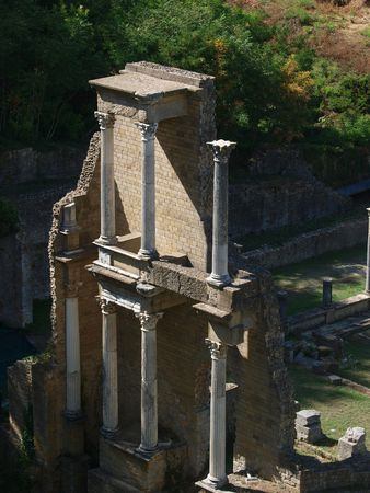 zbytky: Volterra - remains of the Roman theatre