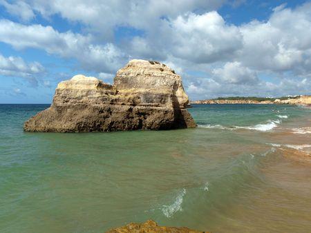 rocha: Beach of Praia de Rocha in Portimao, Algarve, Portugal