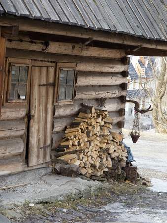 Traditional polish wooden hut from Zakopane, Poland Stock Photo - 9326660