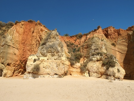 vilamoura: Colourful rocks and wonderful sands on the Algarve coast  Stock Photo
