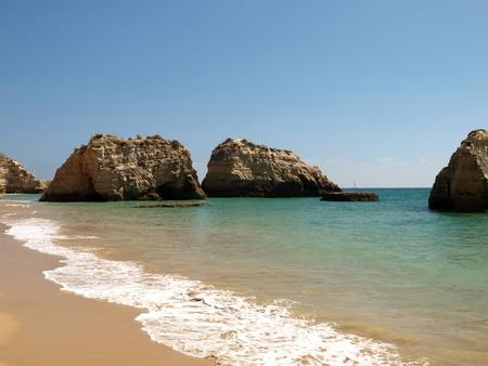vilamoura: Colourful rocks on the Algarve coast  Stock Photo
