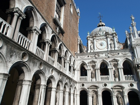 doge: Courtyard of the Doge Palace in Venice, Italy
