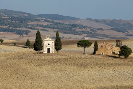 Cappella di Vitaleta , Val d'Orcia in Tuscany photo