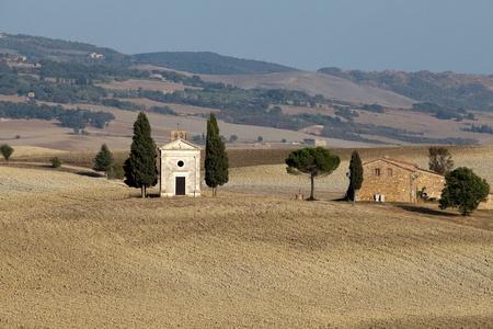Cappella di Vitaleta , Val dOrcia in Tuscany photo