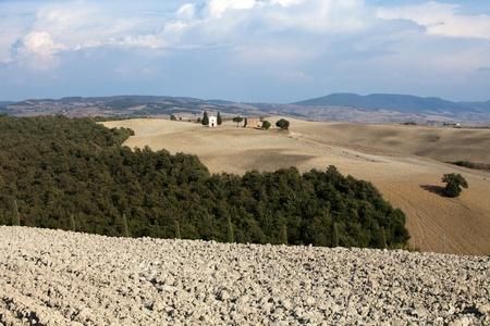 valdorcia: Cappella di Vitaleta , Val dOrcia in Tuscany