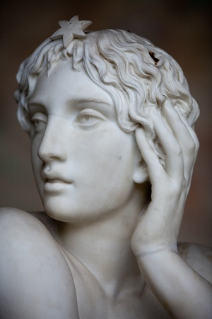 피사 캄포 산토 : 무덤 오타 비아 노 (Ottaviano)의 파브리 지오 Mossotti에 (1791-1863)에서 세부 사항, 이탈리아어 수학자, 물리학 자 및 천문학 자. 리클라이닝 그림은 과학을 나타냅니다. 대리석으로 불후의 부드러운 아름다움 스톡 콘텐츠 - 11707425