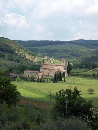 sant'antimo: Sant Antimo Abbey near Montalcino in Tuscany, Italy Stock Photo