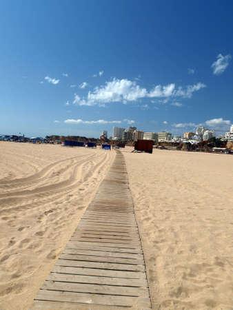 praia:  Beach of Praia da Rocha in Portimao, Algarve, Portugal Editorial