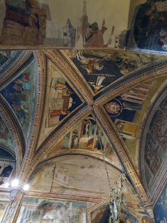 corporal: Orvieto - Duomo interior. Chapel of the Corporal added between 1350 - 1356 to the north arm of the transept. The chapel takes name from the relic of the Eucharistic miracle of Bolsena