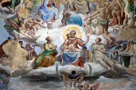 Florence - Duomo Le Jugement Dernier.. A l'intérieur de la coupole: 3600 m2 de fresques, créé par Giorgio Vasari et Federico Zuccari, qui ya travaillé de 1572 à 1579. Banque d'images - 14201077