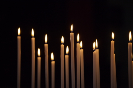 Closeup of votive candles 版權商用圖片