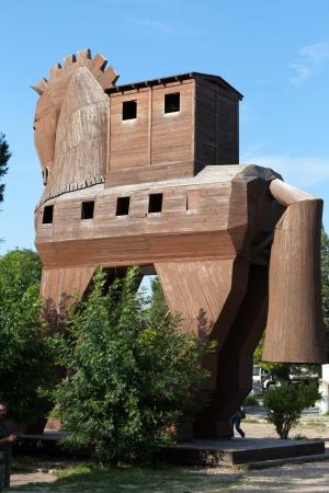 trojan horse: Cavallo di Troia trova a Troy, Turchia Editoriali