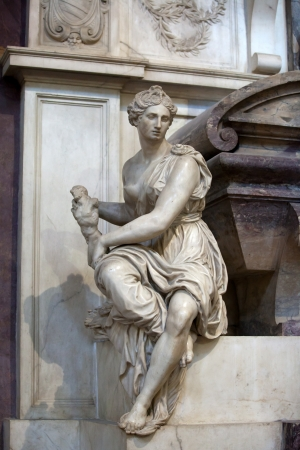 humanist: Florence - Santa Croce.Tomb of Michelangelo Buonarroti Stock Photo