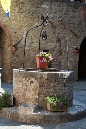 valdorcia: The stony well in Asciano, Tuscany