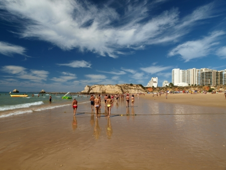 vilamoura: A section of the idyllic Praia de Rocha beach on the Algarve region.  Editorial